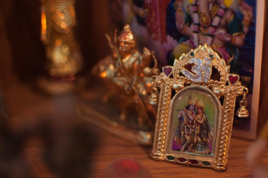 March 30, 2011 : Radha Krishna 20110330 DSC 6973 920x611
