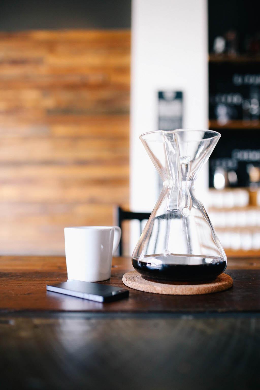 Chemex white coffee mug iPhone