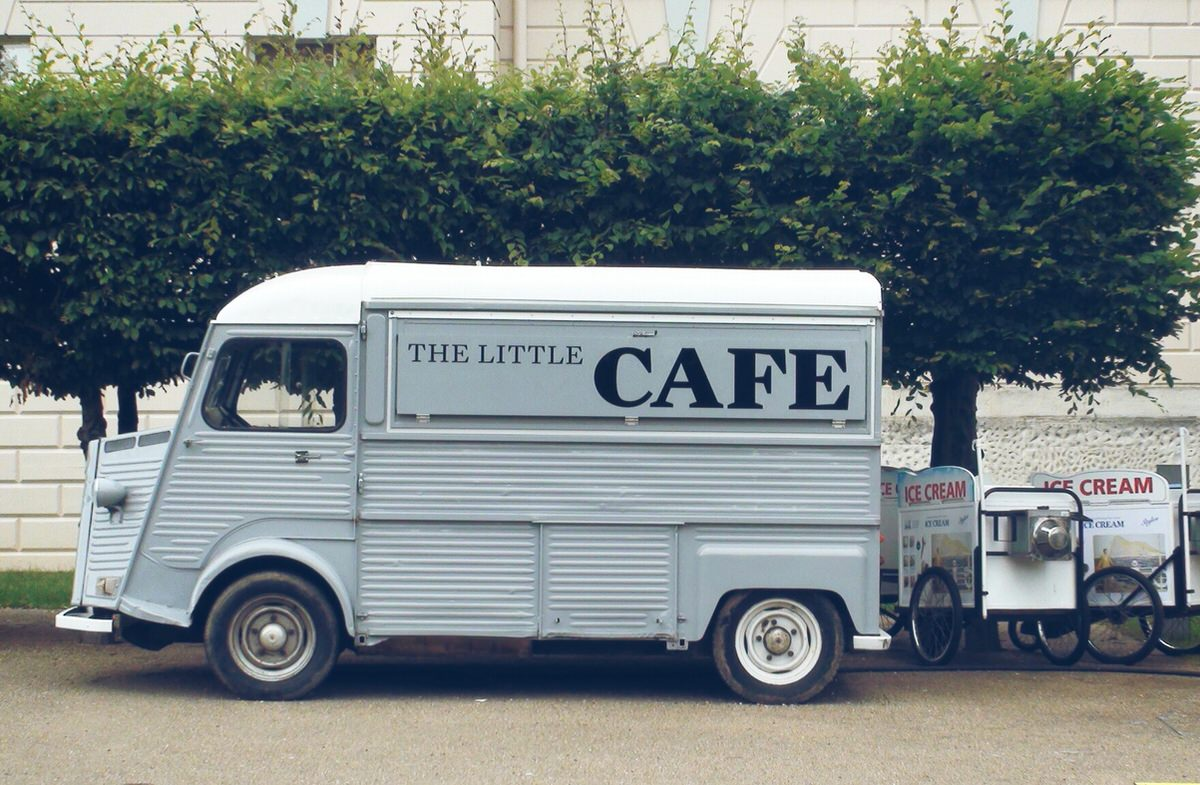 DHHQbqc0RrWVf0uDNe5E The Litte Cafe