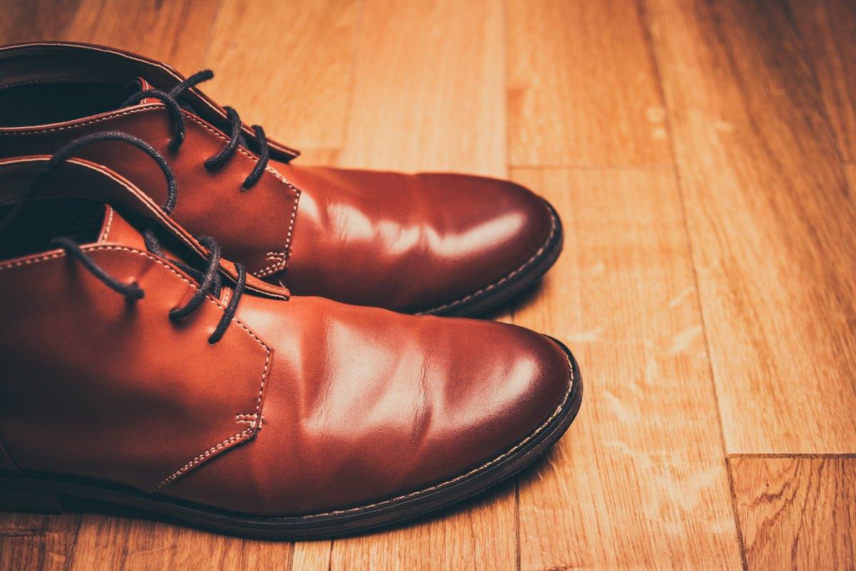 shoes, wooden floor, unsplash
