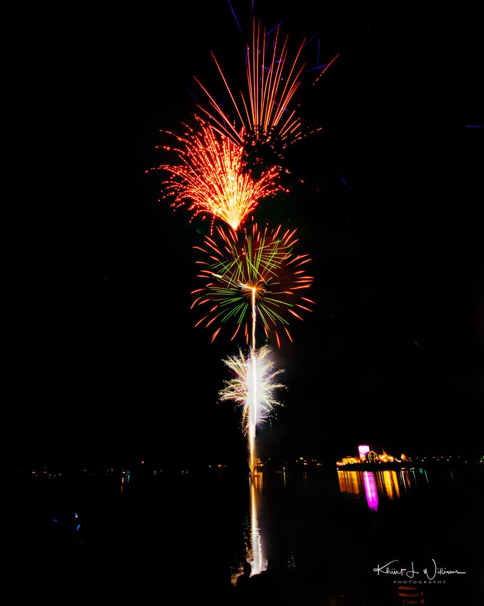 Friday Night Lights New Hope Lambertville Fireworks NIKON D5100 20160805 2812