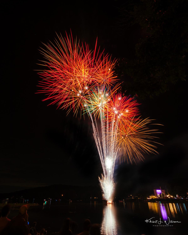 Friday Night Lights New Hope Lambertville Fireworks NIKON D5100 20160805 2836