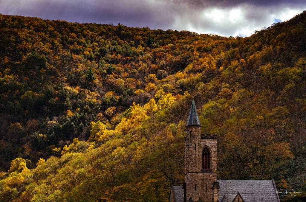 Autumn Leaf Excursion to Jim Thorpe on the Lehigh Gorge Scenic Railway, Lehigh Gorge Railway Jim Thorpe Autum Leaf Excursion NIKON D5100 20161023 4992 HDR 2 1