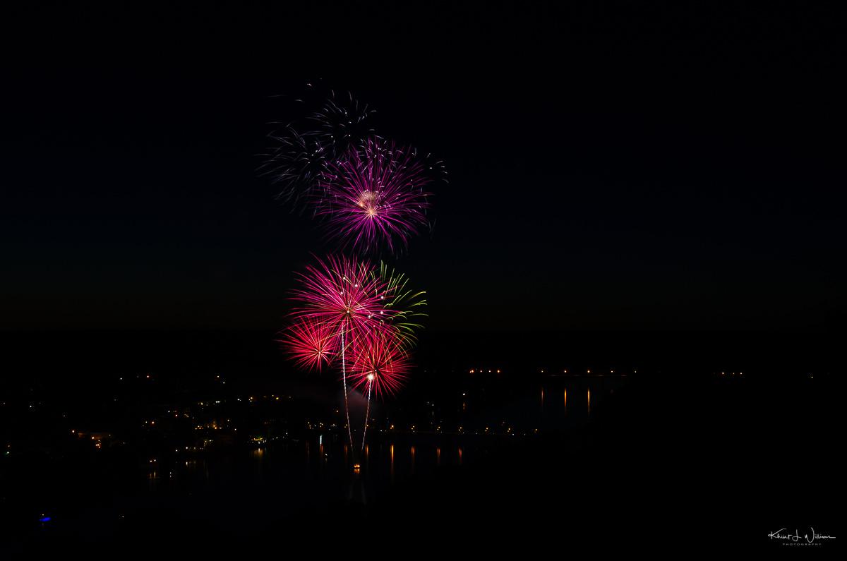 New Hope and Lambertville Friday Night Fireworks NIKON D5100 20170602 2732 1