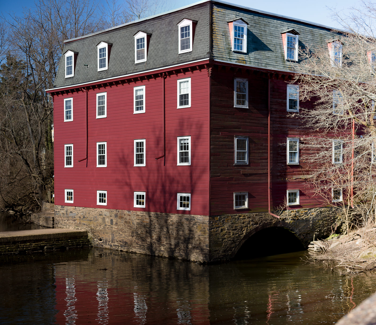 Kingston Mill, Red, Water,