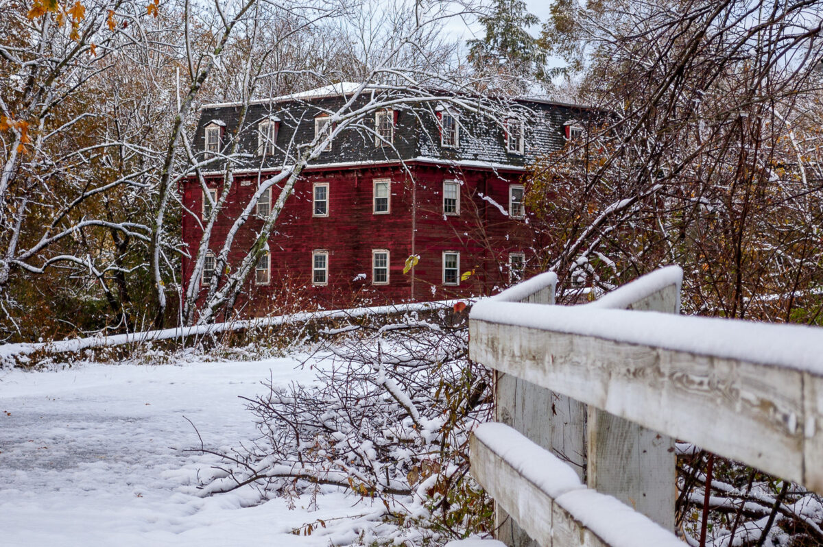 Red Mill, Kingston, Winter, Snow, Red