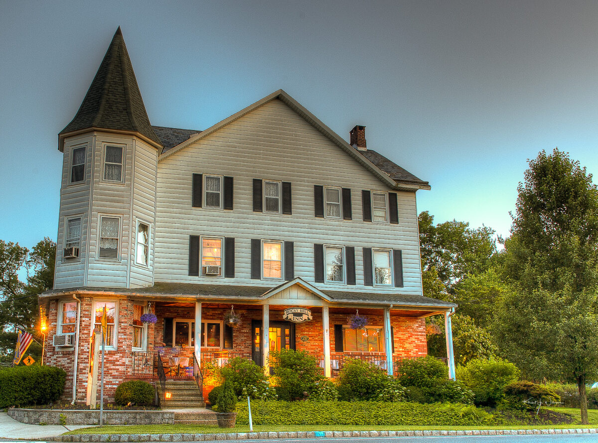 Rocky Hill, Rocky Hill Inn, Washington Road, HDR