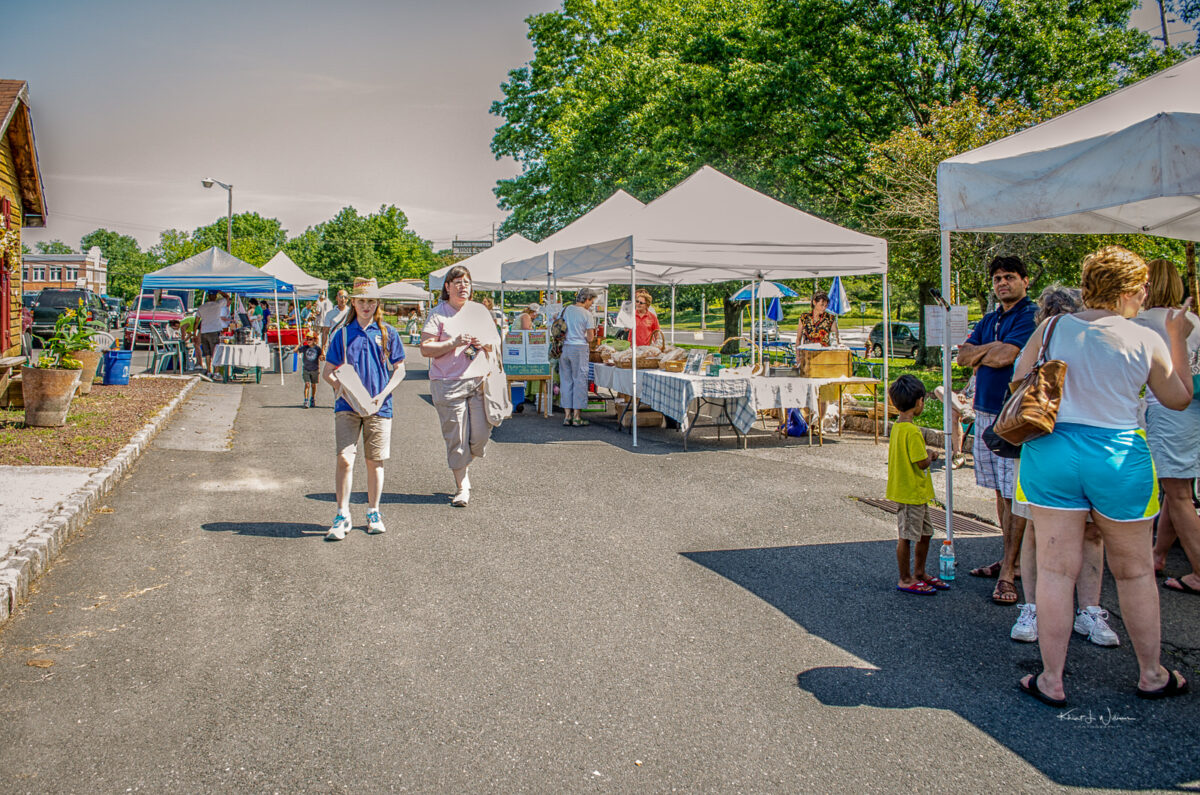 Opening Day of the Montgomery Friends of Open Space Farmers' Market