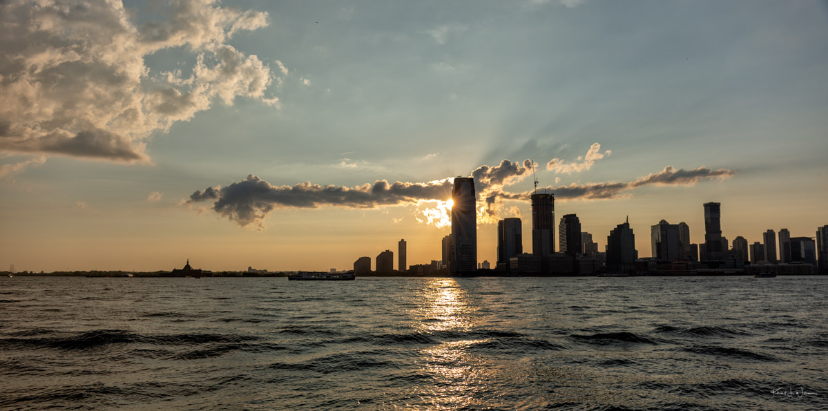 By land and by water; a field trip to the lower Manhattan cityscape The Lower Manhattan Cityscape Canon EOS 5D Mark III 20180728 7342 Edit blog