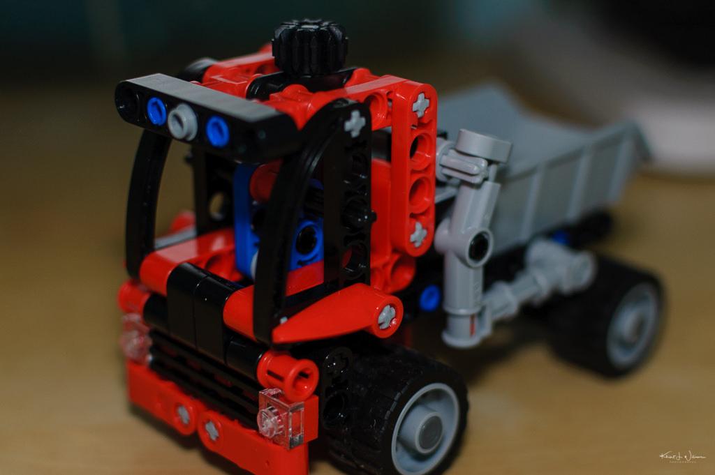 LEGO 8065